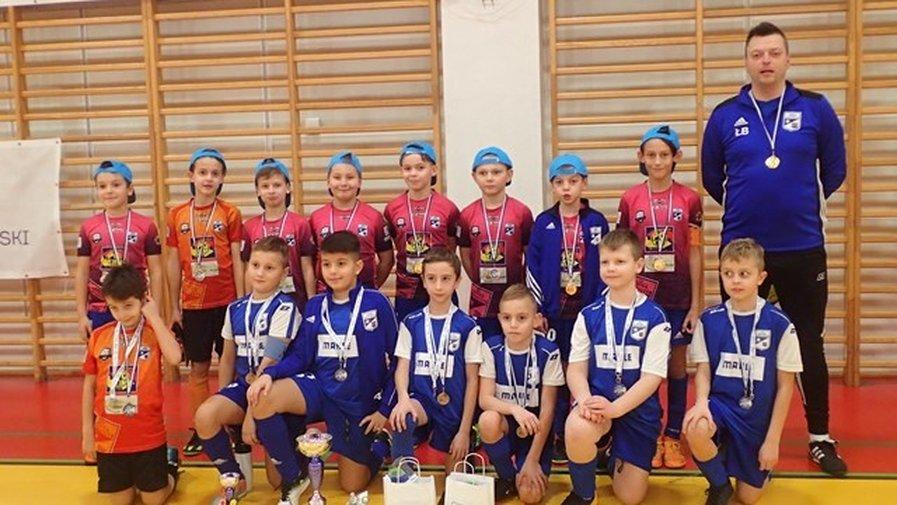 Zwycięski turniej w Luboniu orlików starszych Astry