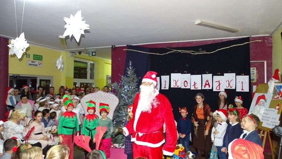 Spotkanie z Mikołajem w SP nr 8