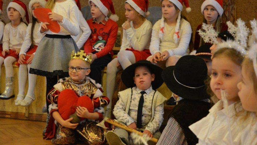 Kiermasz Bożonarodzeniowy i Jasełka w Gorzupi