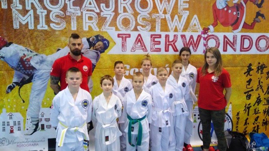 13 medali na mistrzostwach w Taekwon-Do